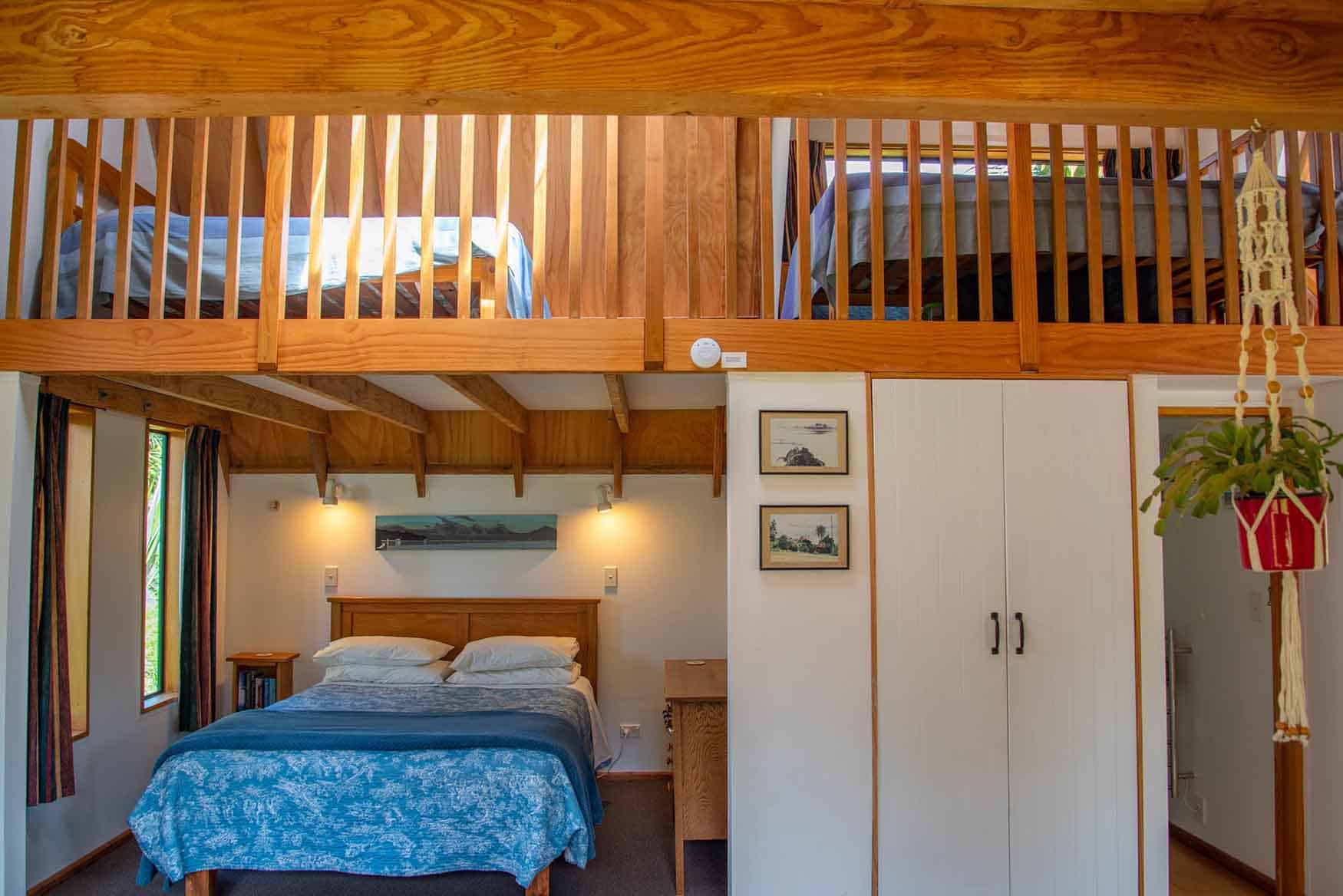 Beds in Fantail cottage accommodation in Dunedin